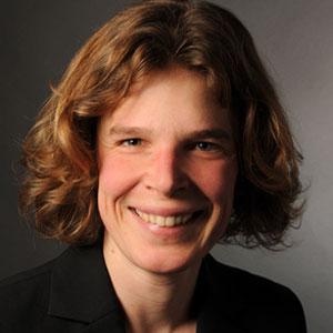 Dr. Hanna Engelke
