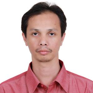 Dr. Fikri Alatas, M.Si Apt.